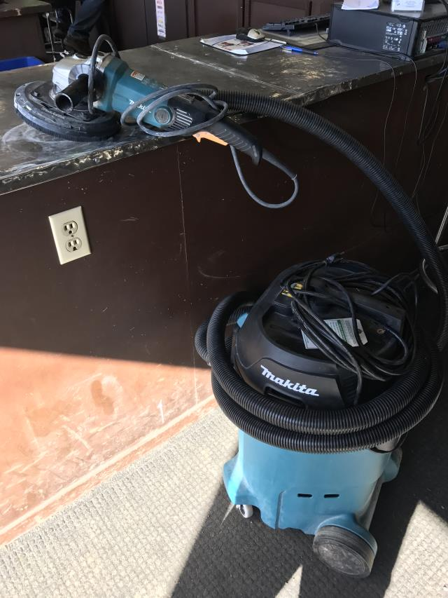 Where to find Grinder w Vac, Concrete 7  Angle Makita in Sacramento