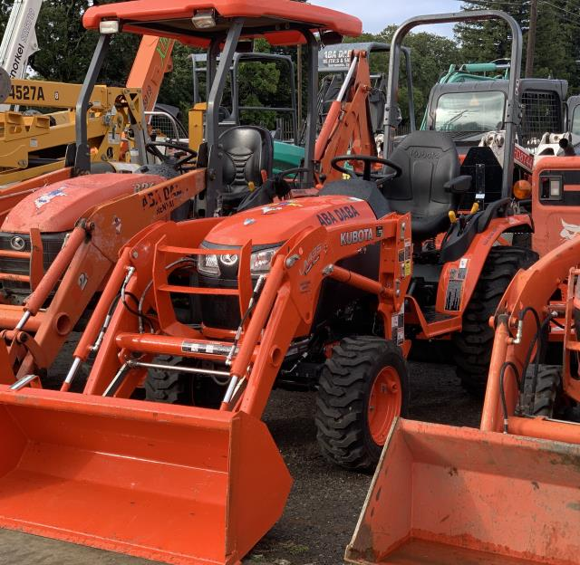 Where to find Tractor, Kubota Deluxe Diesel 4WD in Sacramento